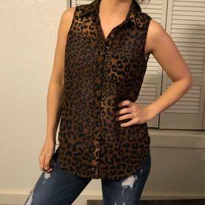 Tops - Leopard tank blouse